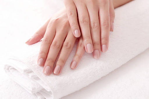 comment enlever du vernis semi permanent naturellement
