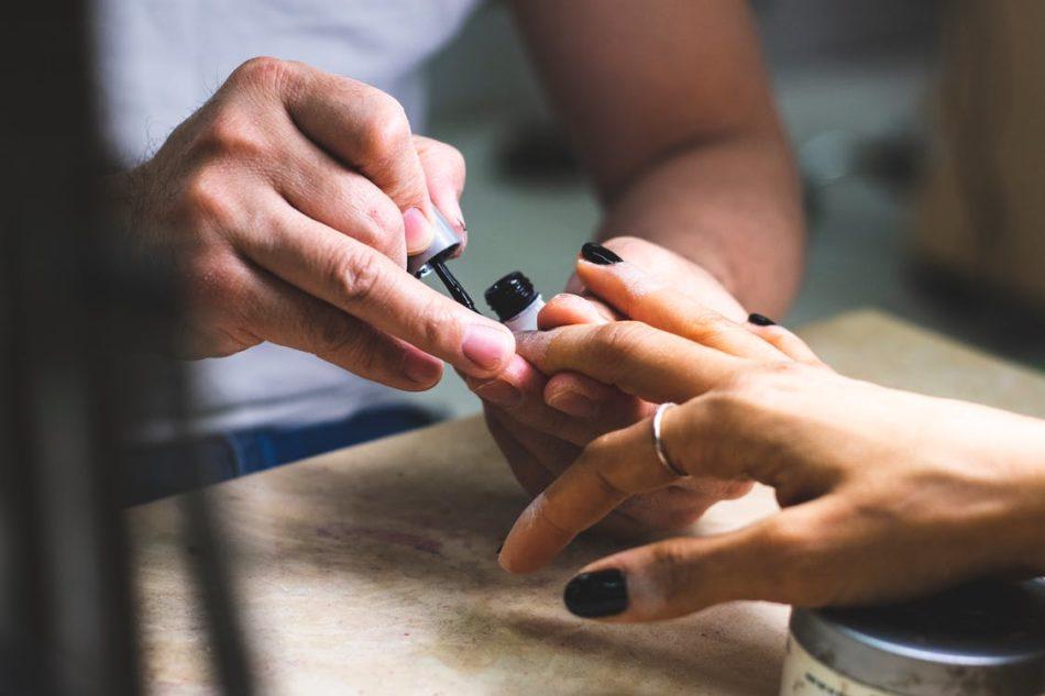 Tout connaitre des ongles semi permanents