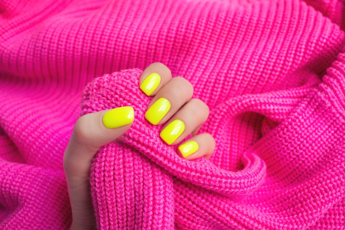 manucure neon