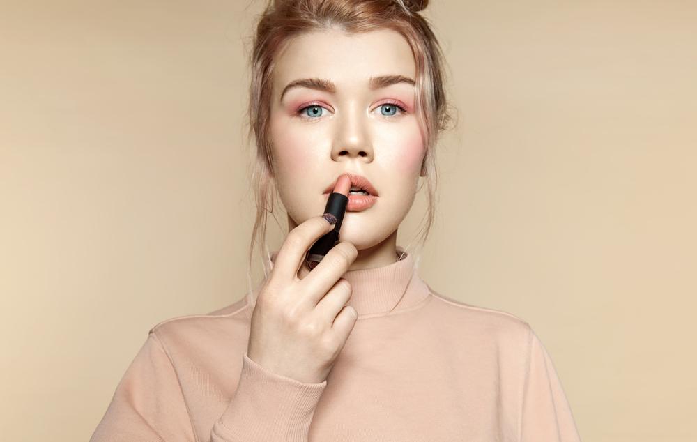 choisir son rouge à lèvres quand on est blonde