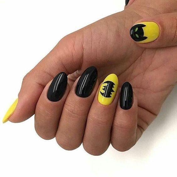 nail art halloween chauve souris