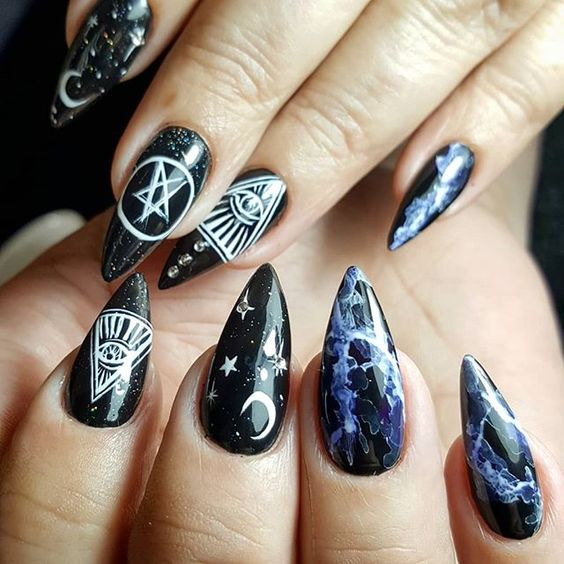 nail art halloween sorciere 5