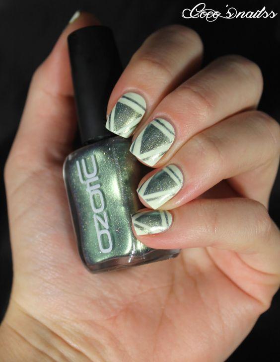 nail art triangle inspiration