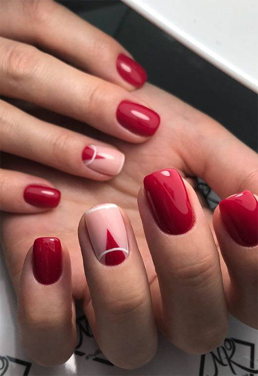 nail art triangle inspiration rouge blanc